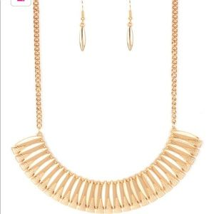 Gold tone necklace and earring set